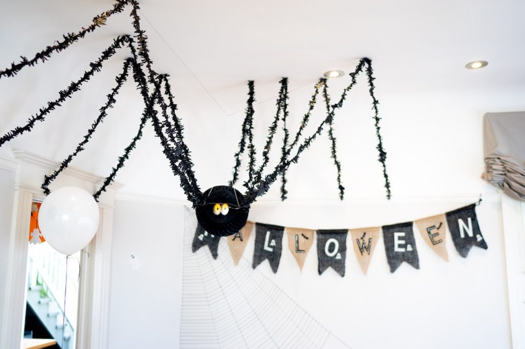 12 Spooky Halloween Decorations To Get Your Apartment Ready For Fall