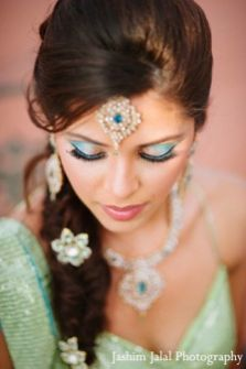 Indian bridal hairstyles 37