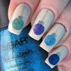easy nail art designs for New Years 01