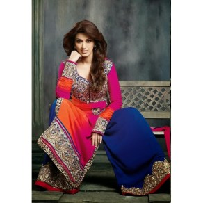 Hairstyles to wear with Pakistani salwar kameez 01
