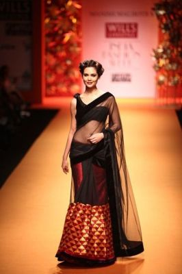 How to drape a Saree in different ways 05