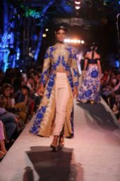 Manish Malhotra collection 03