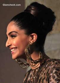 indian wedding hairstyles 38