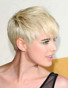 Short hairstyles for thin hair 01