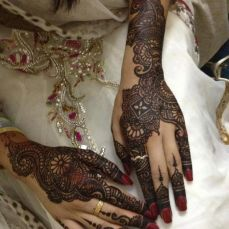 beautiful-mehndi-designs-37