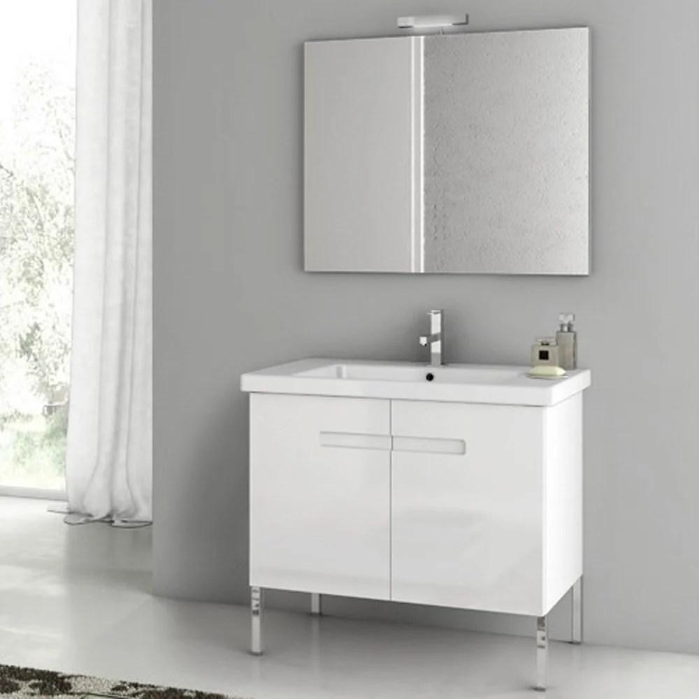 Modern 32 Inch New York Vanity Set With Ceramic Sink