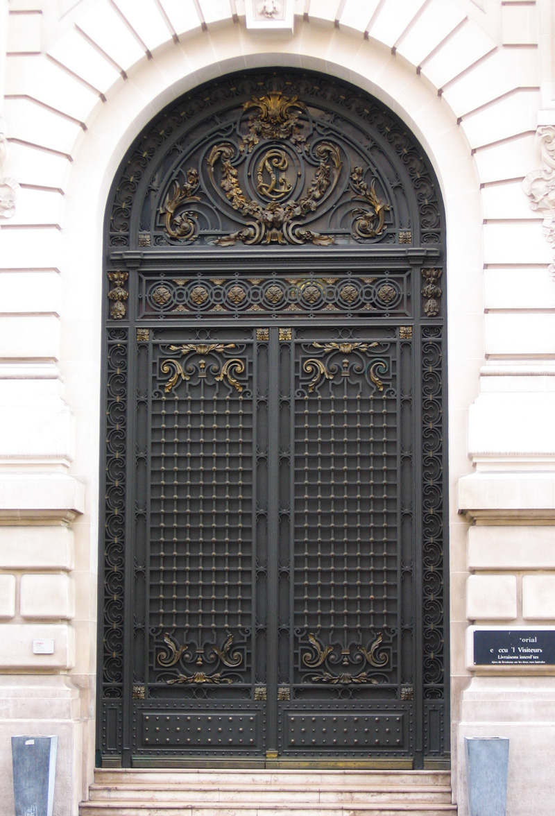 Zuri_Zuberi_Ornament_door