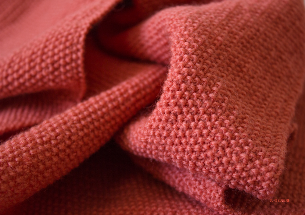 Zuri_Zuberi_peach_knitted_scarf_5