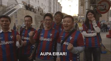 Sei txinatarrek Eibarren Real Madrid-i aurre egin ziotenekoa (aupa)