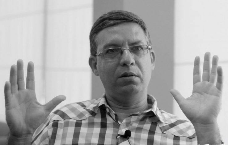 """Felix Julio Alfonso: """"Kubatar gazte asko gaur 'gizon zaharrak' dira"""""""