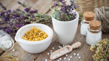 Homeopatiak gaur ez du inor hil