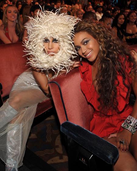Lady Gaga eta Beyonce: musika eta zer gehiago?