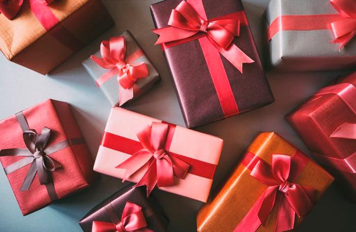 ในภาพที่ปรากฎ - วิธีการบรรจุของขวัญข้าว บรรจุภัณฑ์คลาสสิก