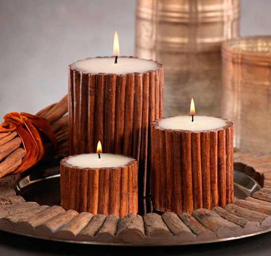 The photo shows - DIY Christmas decorations, fig. Cinnamon candle 1