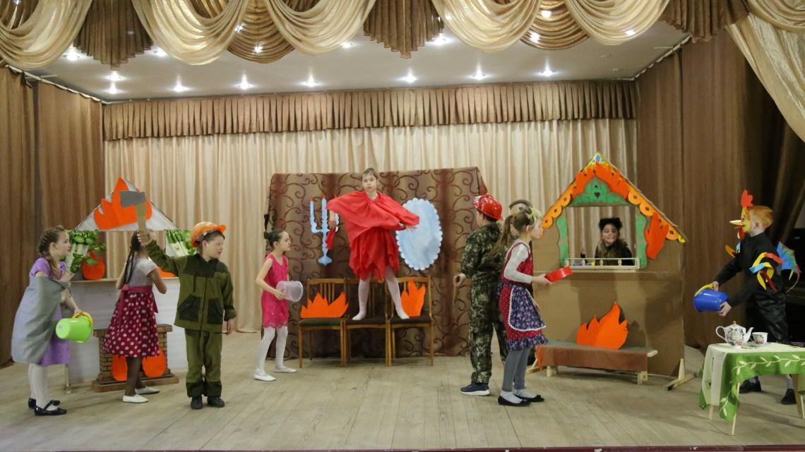 Театр на школьной сцене