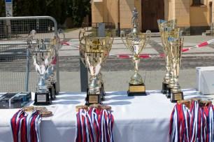 slávnostné súťažné poháre