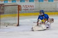 ŽHKm Zvolen (biela) - MMKS Nowy Targ (modrá)