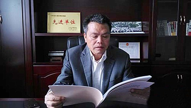 Multimillionaire former resident Xiong Shuihua built luxury houses for everyone in the village.