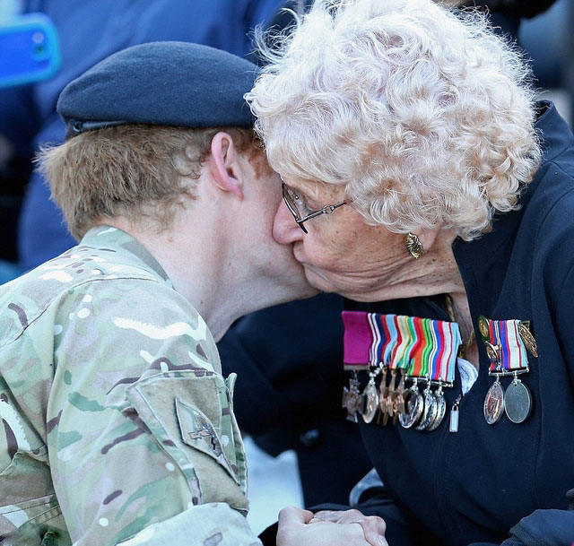 Prince-Harry-Down-Under (5)