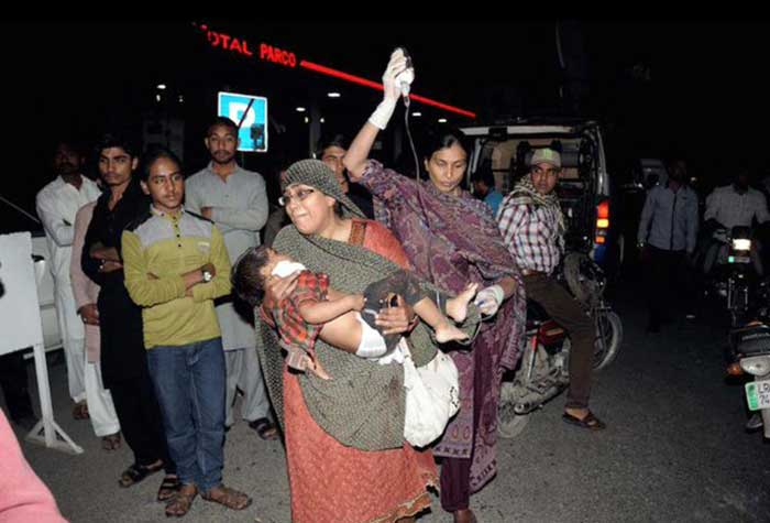 Pakistan-Taliban's-Easter-bombing-targets-Christians;-67-people-killed-(13)
