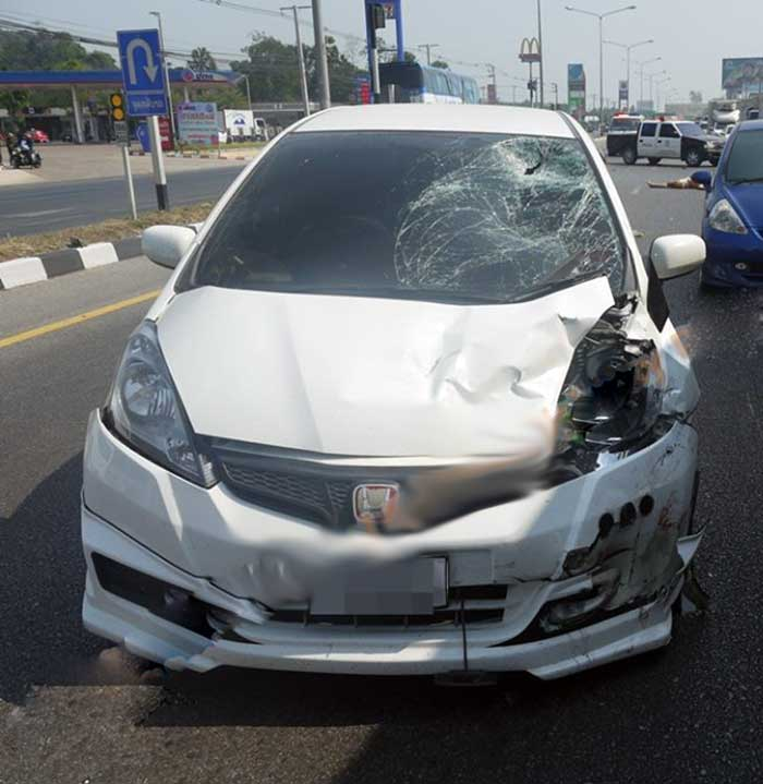 The fatal accident happened while Sommai Tiamtad, 30-years-old driver of the white Honda Jazz, collided with the scooter.