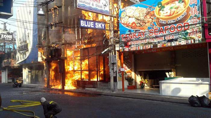 Blue-Sky-Rock-Club-Walking-Street-Pattaya-On-Fire-
