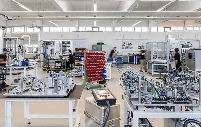 Industriefotografie Montagehalle