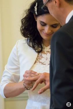 Zweikameras Hochzeit Ringtausch - Ring Regen Rosenblattkanonen
