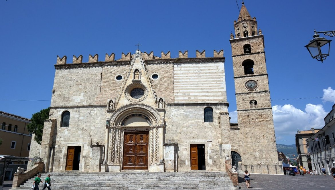Image result for cattedrale teramo