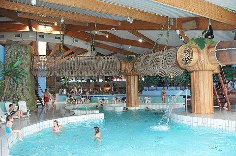 Subtropisch Zwembad Scheldorado In Terneuzen Is Per Direct Gesloten De Sportschool Fysiologie En Massagesalon In Hetzelfde Gebouw Blijven Wel Geopend