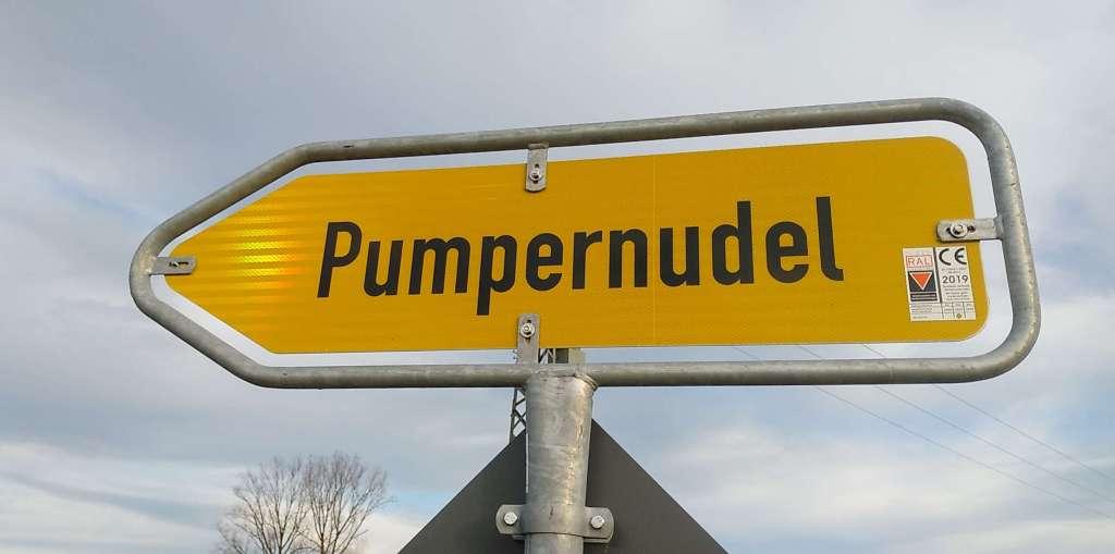 Wegweiser nach Pumpernudel