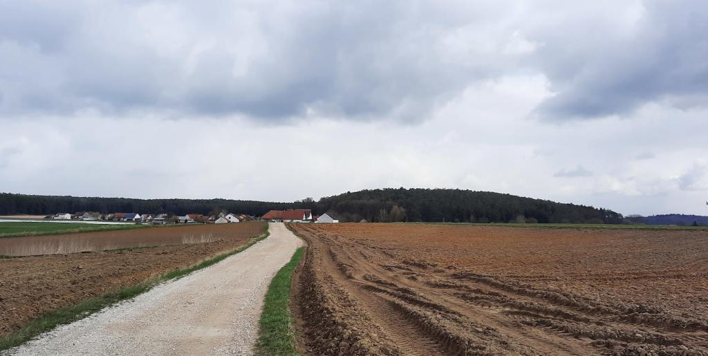 Gröbern, kaum 500 Meter vom Mordort Hinterkaifeck entfernt