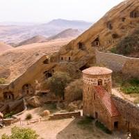 Gruzja. Dawid Garedża, skarb przygranicznych pustkowi