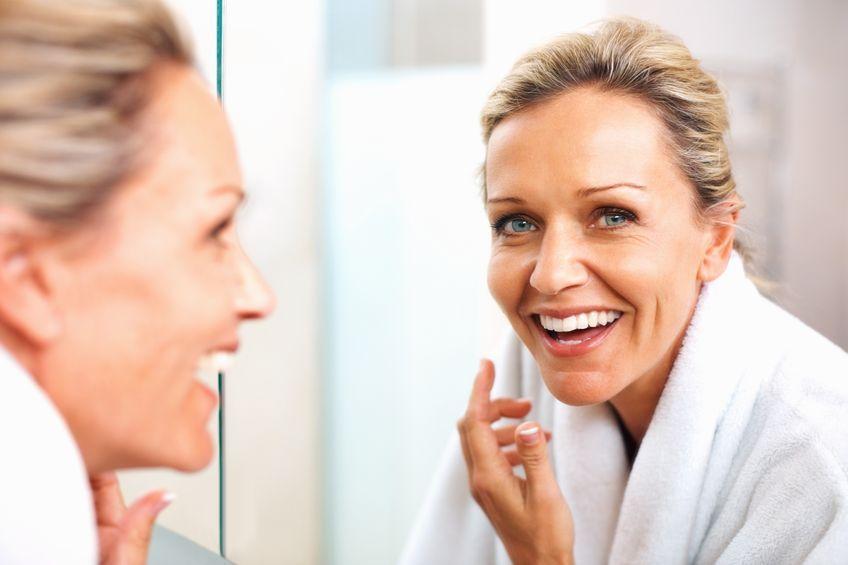 Q10 działa antystarzeniowo, antyoksydacyjnie i jest dobrym filtrem dla skóry wrażliwej