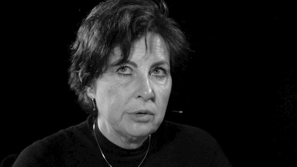 Manon Janssen -Zwijgen is geen optie