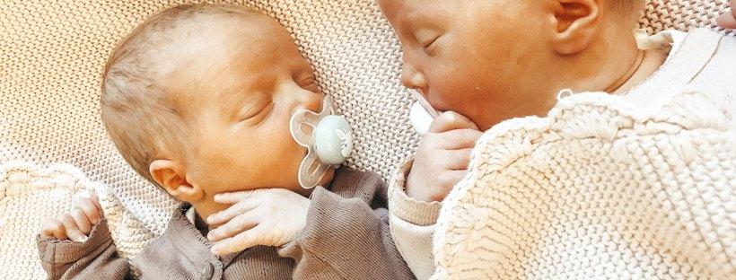 Zwillinge Entbindung - Hier seht ihr Zwillinge von Lisa Zwillingsmama.