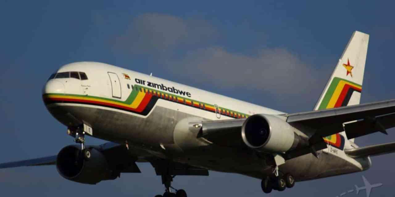 'Mugabe trades Hwange animals, ivory in China for Congo war', Plane returns to Zimbabwe on Christmas day..pictures