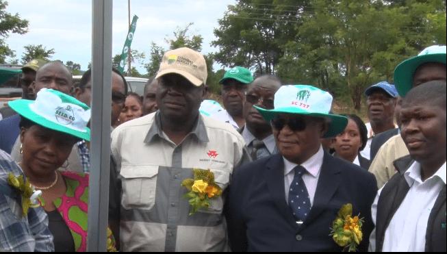 Thousands attend field day at Mnangagwa farm