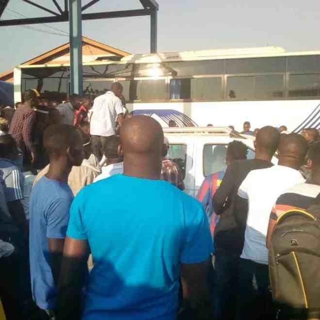 BREAKING News: Tendai Biti arrested at Zambia border