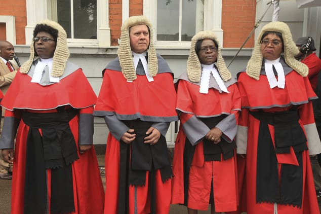 Gvt imports Judge wigs worth US$155 000 From London
