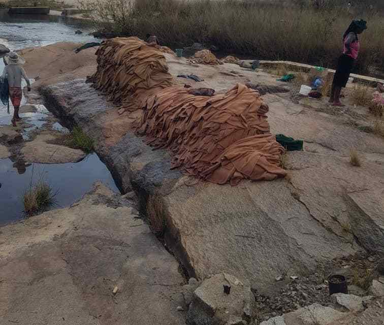 Pictures: Rusape Hospital doing dirty laundry in river? Health Ministry react