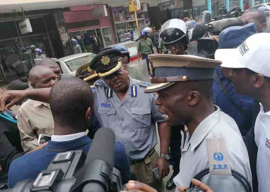 Breaking Latest News: ZRP police raid MDC office armed with machete search warrant
