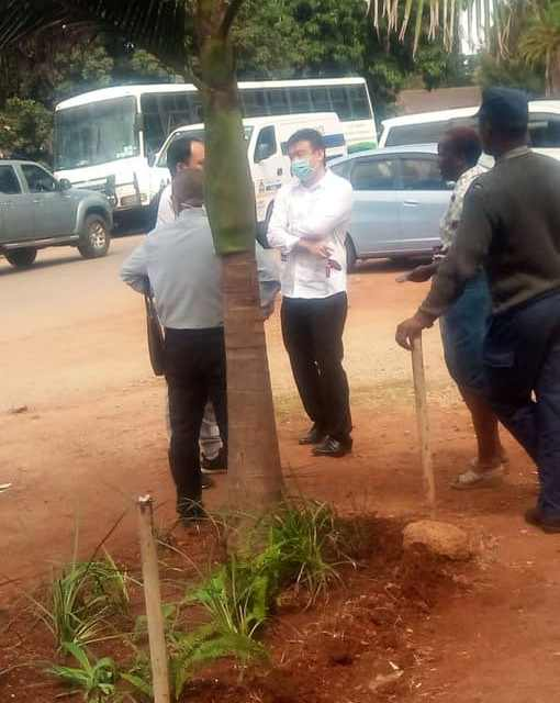 Chinese person's dead body driven around Harare, Funeral homes refuse to assist..PICTURES