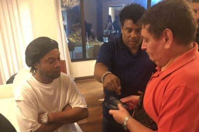 Ronaldinho caught with fake passport, arrested in Paraguay..PICTURES