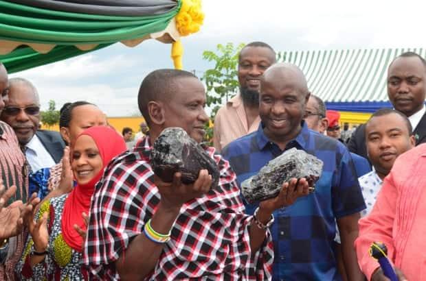 Saniniu Laizer: Tanzanian Tanzanite stone miner becomes overnight millionaire, US$3.4 Jackpot!