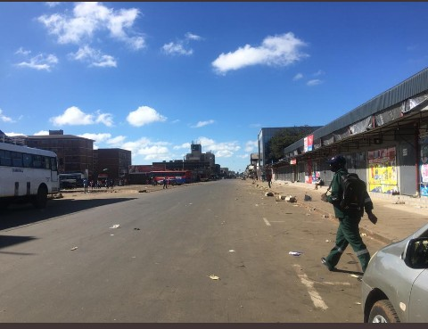 LOCKDOWN DAY 1: Harare CBD Deserted…PICTURES…
