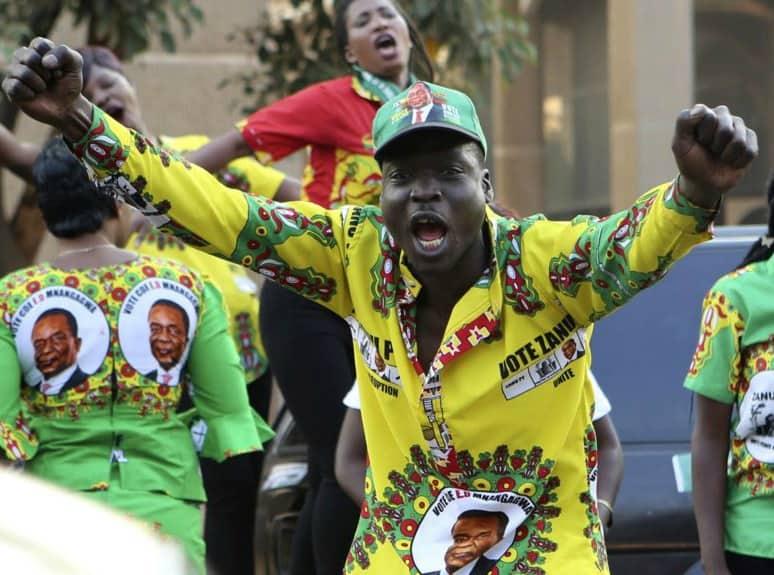 Zanu PF Bans wearing of ED regalia by Mushika-shika touts