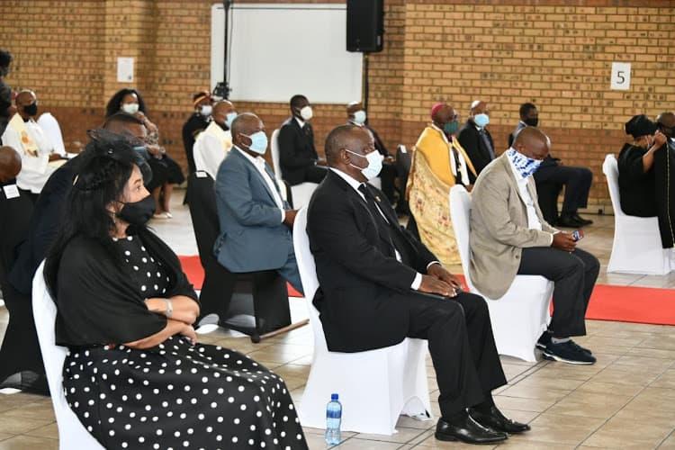 Jackson Mthembu and his daughters, Thuli and Khabo