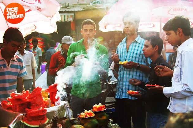 Indie - Naulicach można kupić naprawdę dobre jedzenie wświetnej cenie