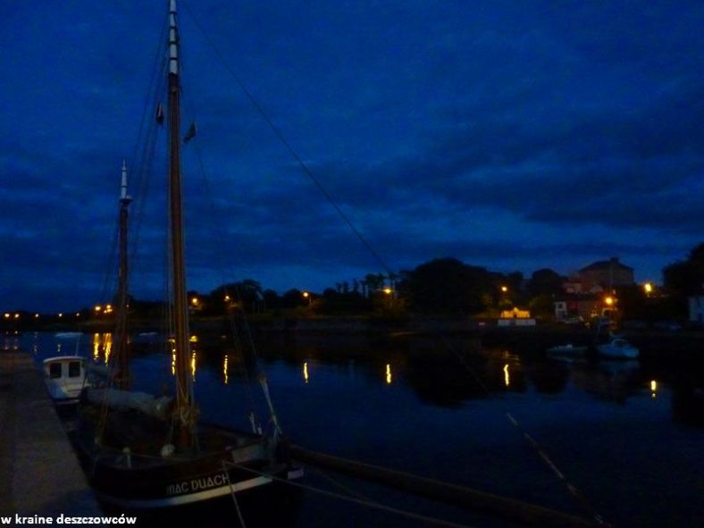 kinvara night (1)